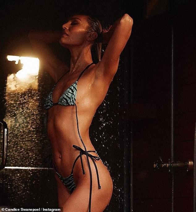 Candice Swanepoel hở bạo phô trọn đường cong 'nảy lửa' - ảnh 5