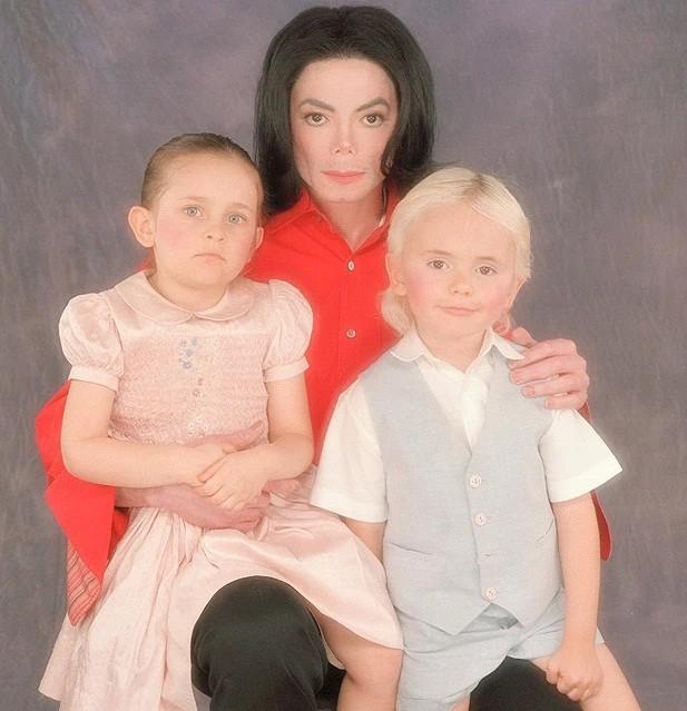 Con gái 9x của Michael Jackson gợi cảm với đôi chân dài miên man - ảnh 7