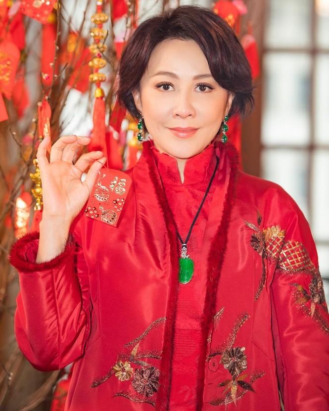 Lưu Gia Linh, Dương Mịch, Angelababy rạng ngời đón xuân - ảnh 5