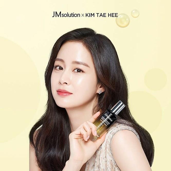 Kim Tae Hee đẹp như nữ thần ở tuổi 39 - ảnh 3