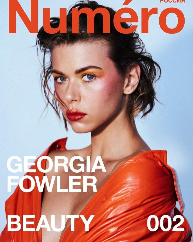 Georgia Fowler diện bikini thả dáng tuyệt mỹ trên biển - ảnh 10