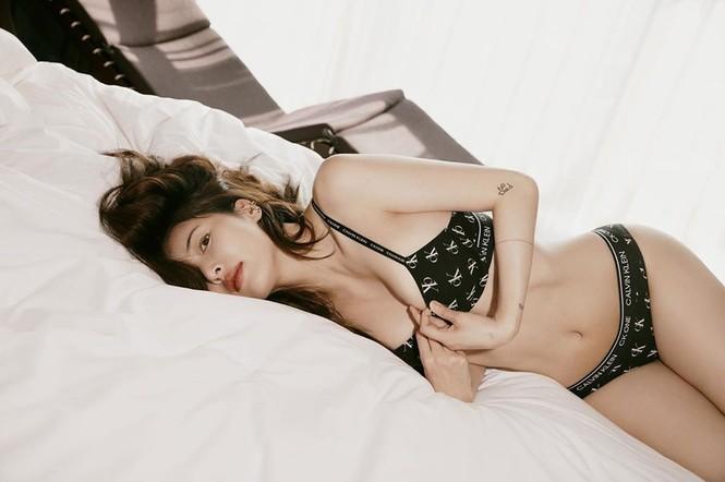 Biểu tượng gợi cảm HyunA khoe thân hình 'gây mê' - ảnh 1
