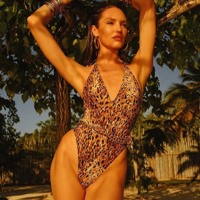 Candice Swanepoel 'đốn tim' quý ông với loạt ảnh bikini rực lửa - ảnh 5