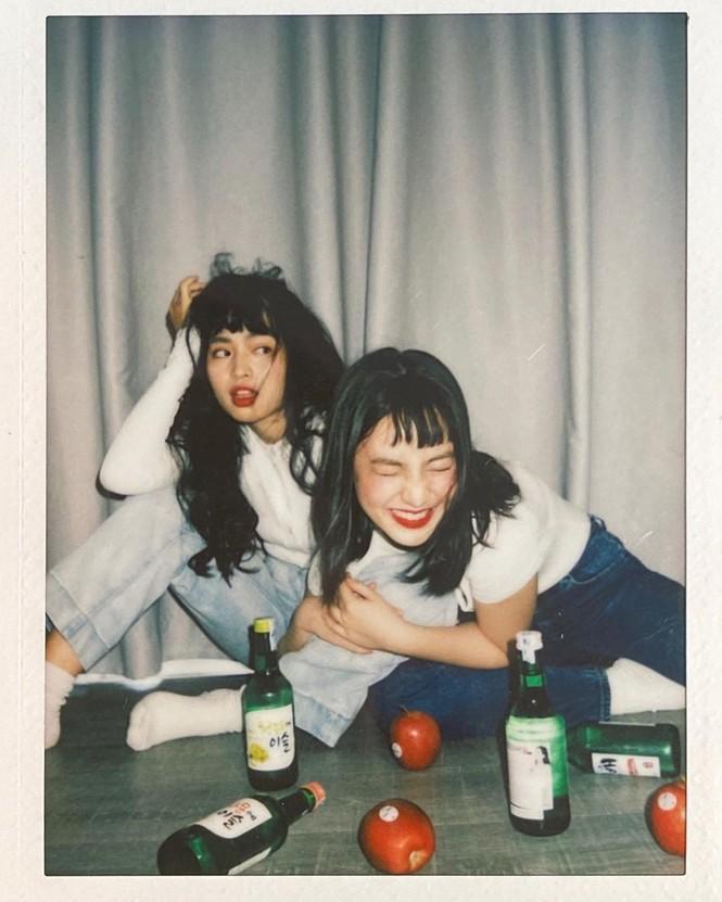 Hai 'hot girl Mắt biếc' đẹp nền nã trong loạt ảnh 'hồng hồng tuyết tuyết' - ảnh 14