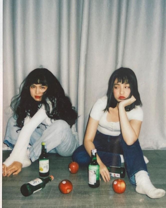 Hai 'hot girl Mắt biếc' đẹp nền nã trong loạt ảnh 'hồng hồng tuyết tuyết' - ảnh 16
