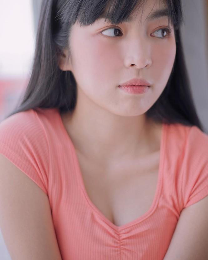 Hai 'hot girl Mắt biếc' đẹp nền nã trong loạt ảnh 'hồng hồng tuyết tuyết' - ảnh 5