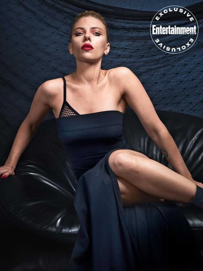 Cô đào nóng bỏng Scarlett Johansson U40 vẫn cuốn hút mê hoặc - ảnh 2