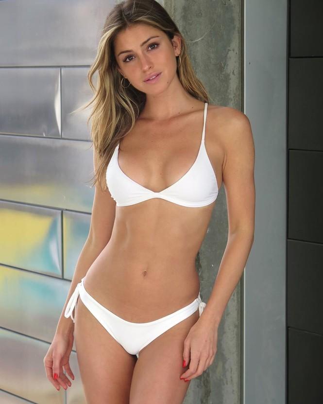 Gigi Paris tung ảnh áo tắm gợi cảm ngất ngây - ảnh 3