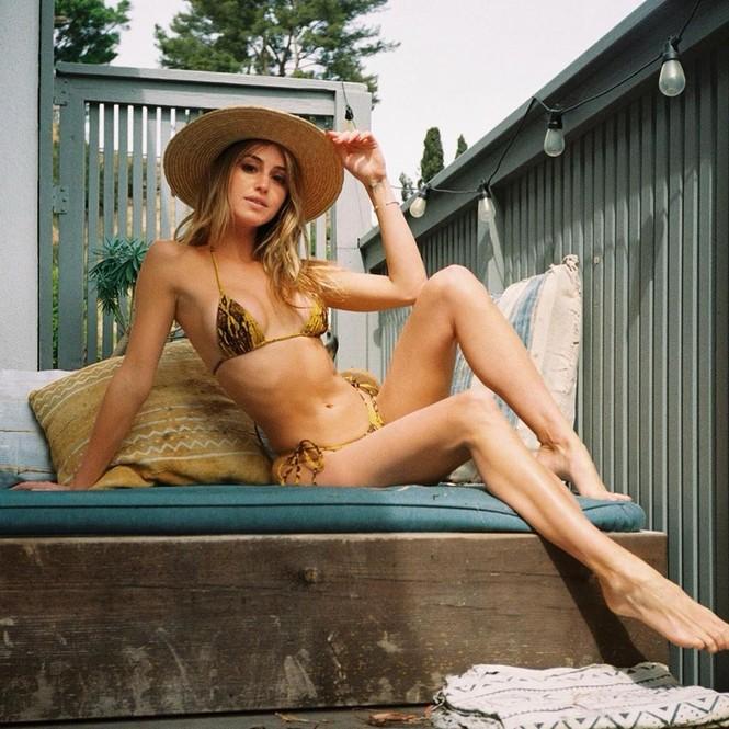 Gigi Paris tung ảnh áo tắm gợi cảm ngất ngây - ảnh 4