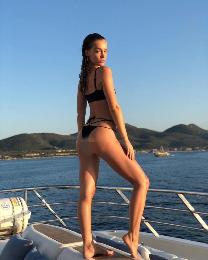 Siêu mẫu Úc Georgia Gibbs trẻ đẹp đầy sức sống thanh xuân - ảnh 7