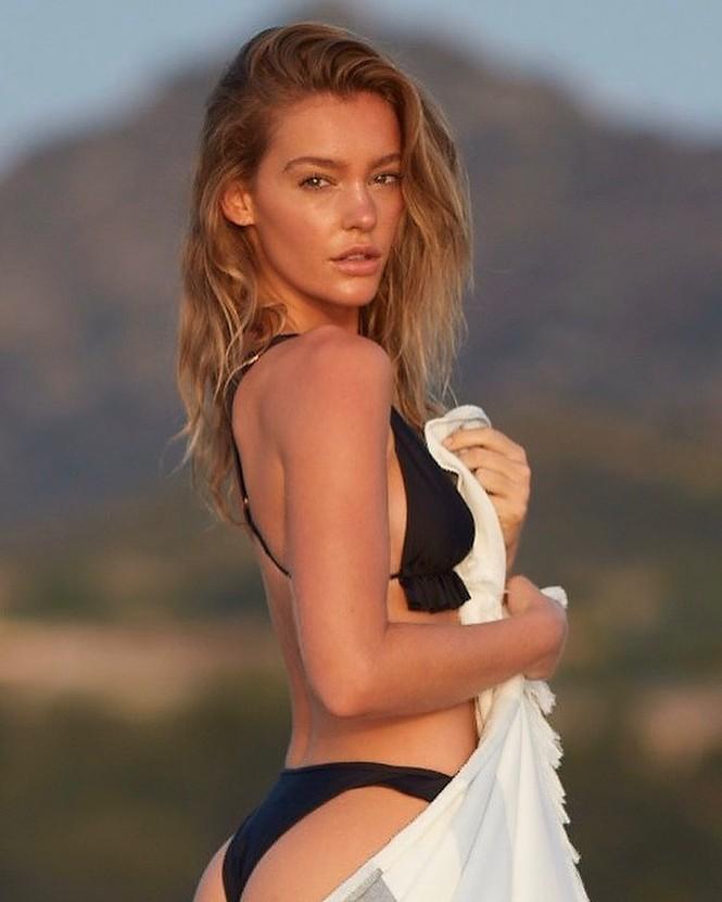 Siêu mẫu Úc Georgia Gibbs trẻ đẹp đầy sức sống thanh xuân - ảnh 1