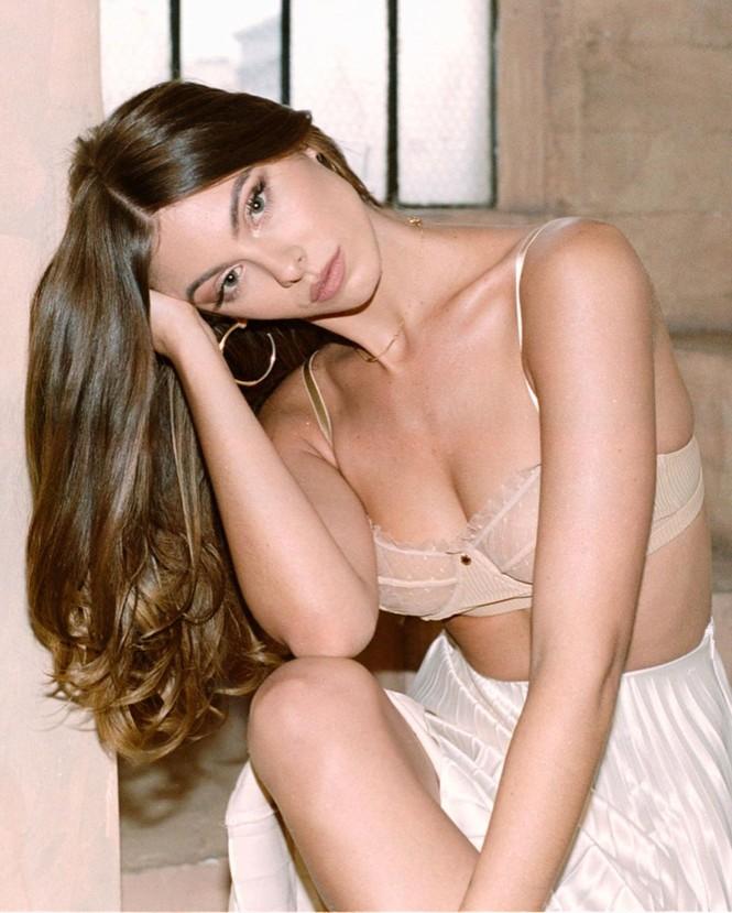 Người đẹp Carmella Rose diện áo tắm hở bạo 'nhức mắt' - ảnh 7