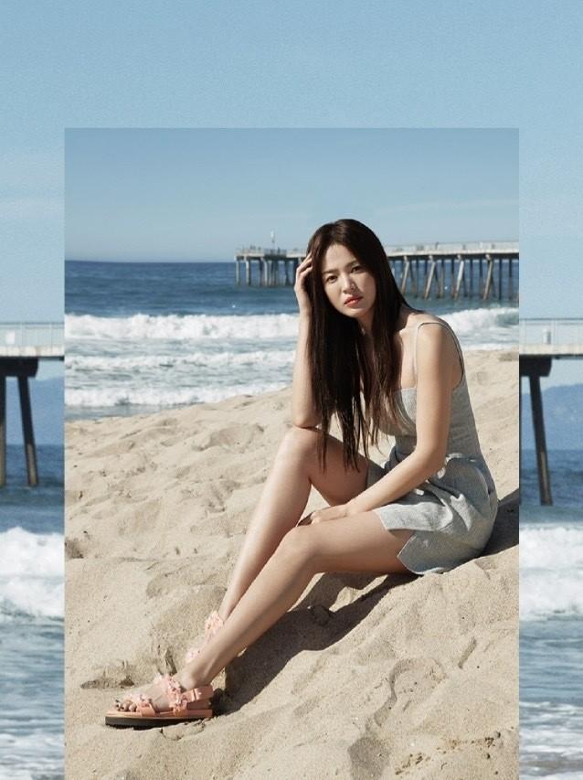 Mỹ nhân độc thân quyến rũ Song Hye Kyo khoe dáng thon với crop top - ảnh 10