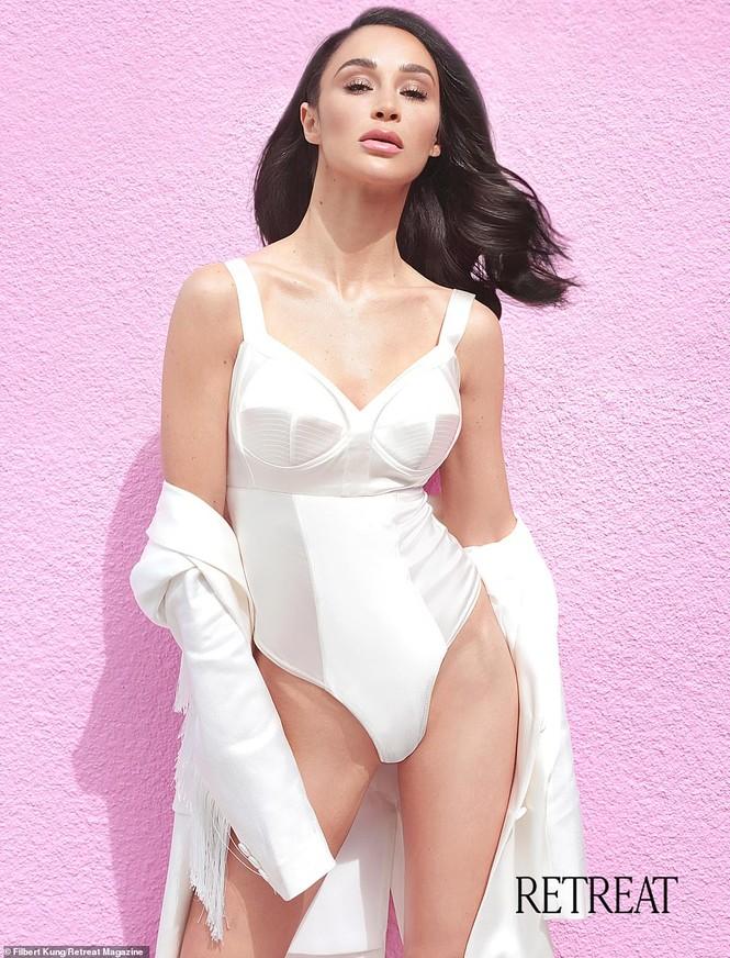 Dáng vóc quyến rũ mê hoặc của người đẹp Mỹ Cara Santana - ảnh 6