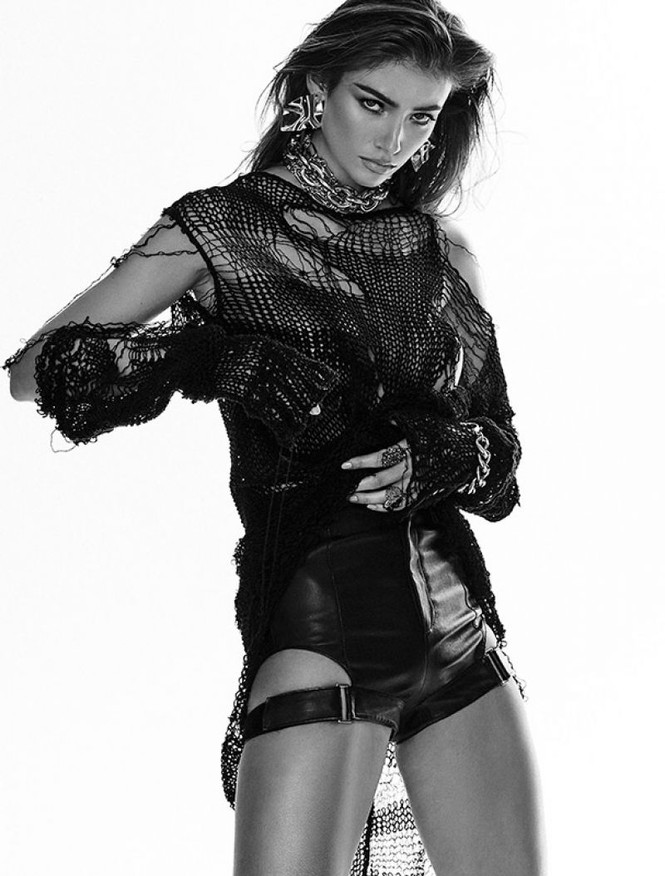 Nàng mẫu cao 1m80 Lorena Rae chân dài dáng thon hút mắt - ảnh 8