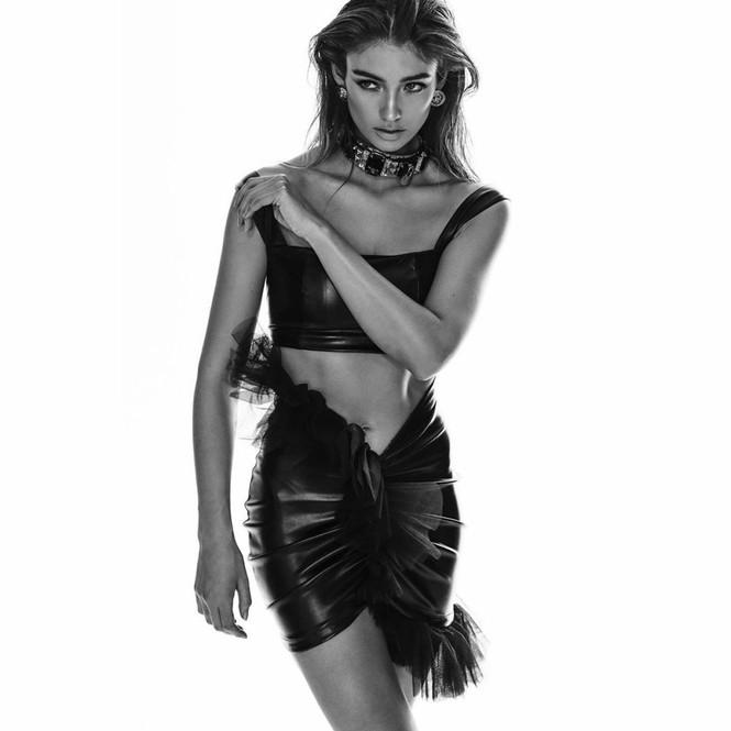 Nàng mẫu cao 1m80 Lorena Rae chân dài dáng thon hút mắt - ảnh 7
