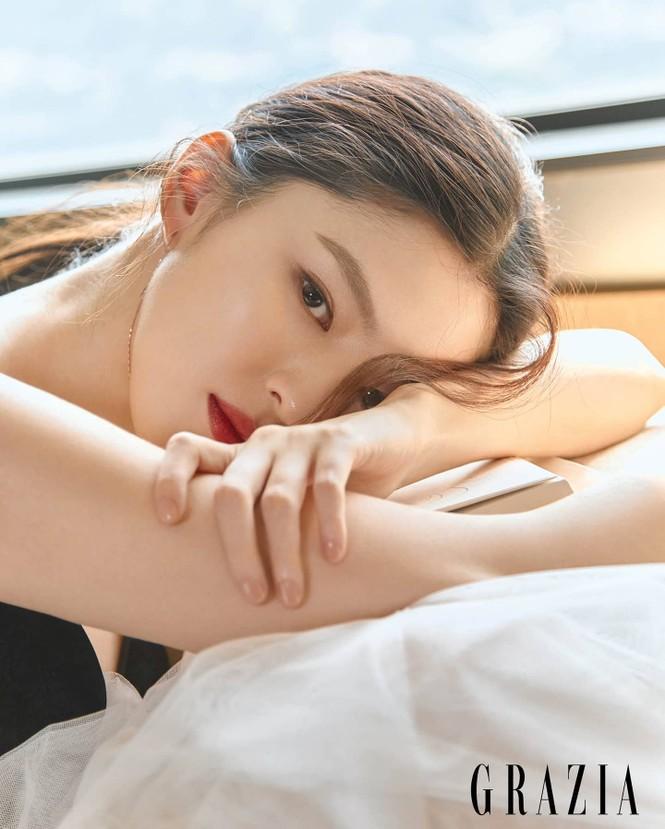 Vẻ đẹp thanh tú của 'tiểu tam' Thế giới hôn nhân được coi là bản sao Song Hye Kyo - ảnh 7