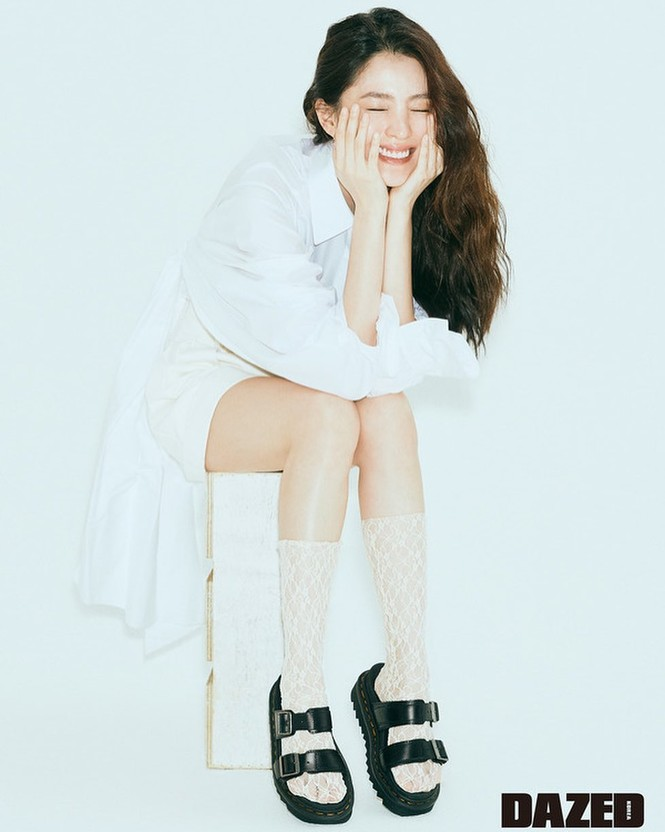 Vẻ đẹp thanh tú của 'tiểu tam' Thế giới hôn nhân được coi là bản sao Song Hye Kyo - ảnh 19