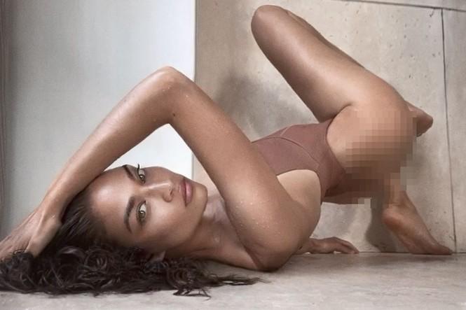 Siêu mẫu Úc Shanina Shaik bán nude chụp ảnh FaceTime tại nhà - ảnh 5