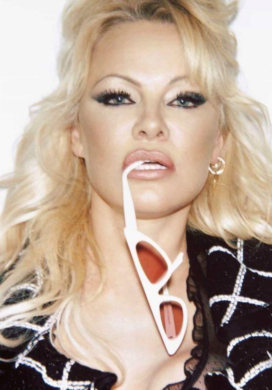 'Quả bom gợi cảm' Pamela Anderson 52 tuổi vẫn khiến các quý ông say đắm - ảnh 3