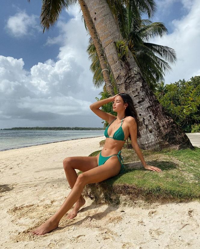 Ảnh bikini tôn thân hình tuyệt mỹ của người mẫu Kelsey Merritt - ảnh 6