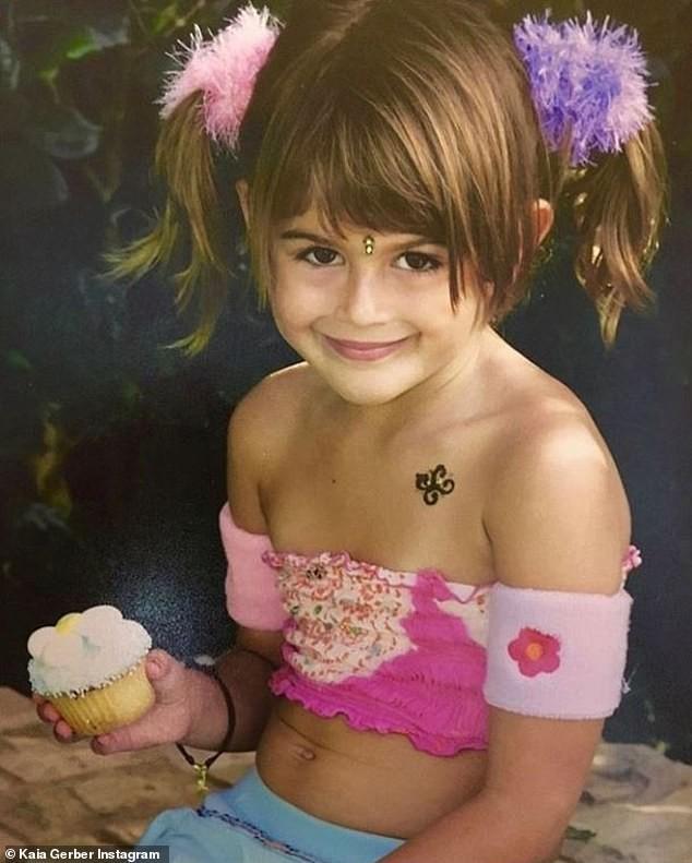 Con gái siêu mẫu Cindy Crawford diện bikini tôn dáng thon - ảnh 3