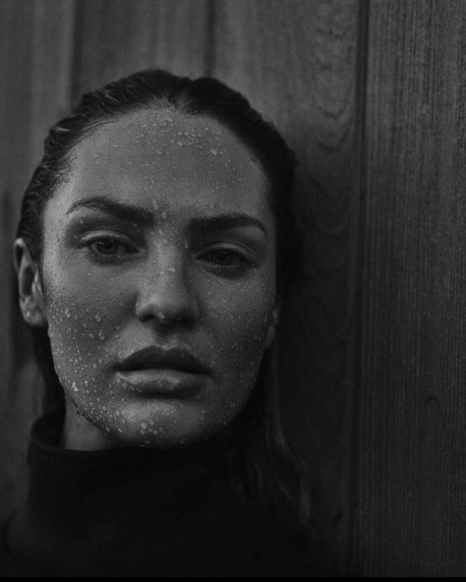 Candice Swanepoel không nội y siêu quyến rũ trong ảnh đen trắng - ảnh 5
