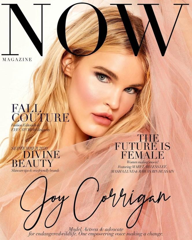 Joy Corrigan ngực đầy gợi cảm trong ảnh bán nude - ảnh 13