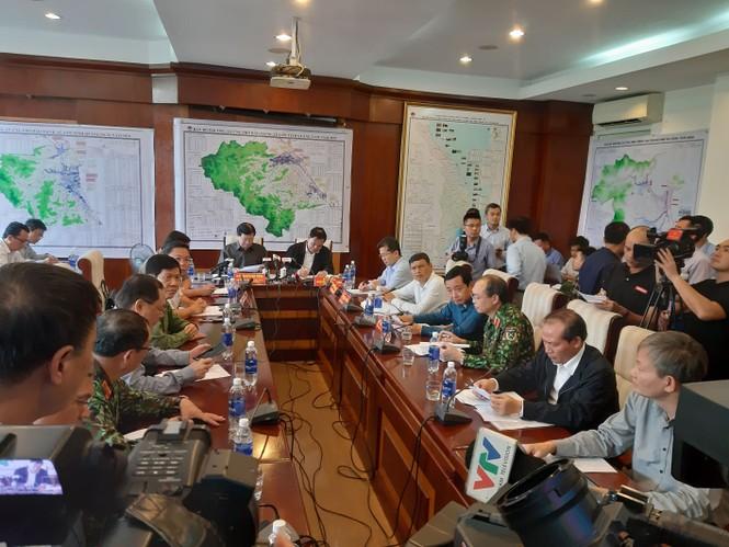 Từ 20 giờ tối nay, Đà Nẵng yêu cầu người dân không ra khỏi nhà để tránh bão số 9 - ảnh 31
