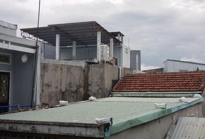 Từ 20 giờ tối nay, Đà Nẵng yêu cầu người dân không ra khỏi nhà để tránh bão số 9 - ảnh 13