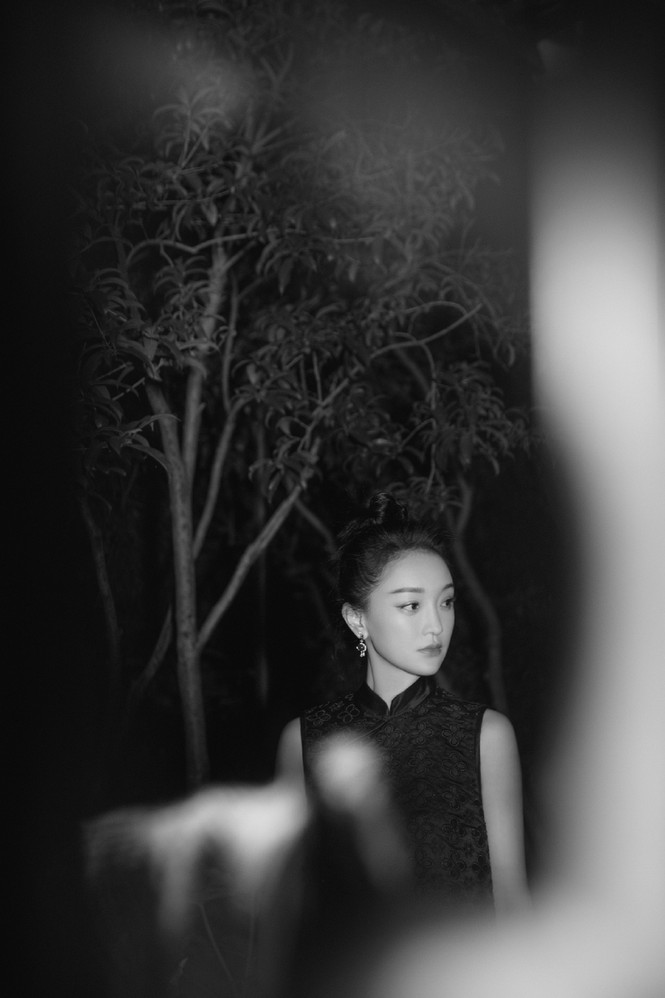 Vẻ đẹp U50 mong manh thanh tú của Châu Tấn - ảnh 6