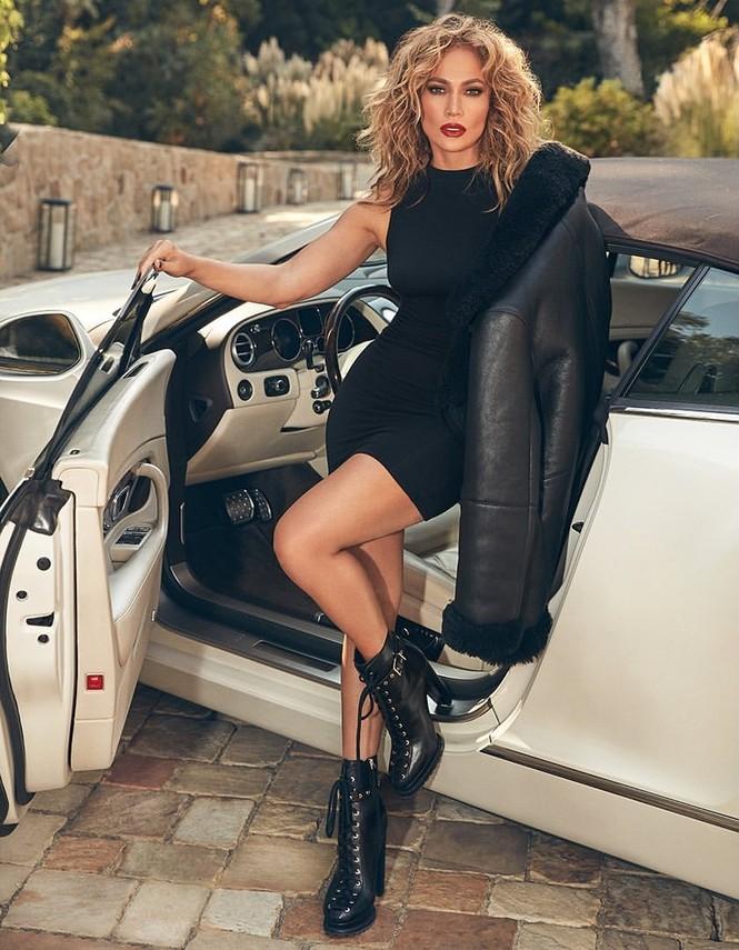 Hình thể rực lửa tuổi ngũ tuần của Jennifer Lopez - ảnh 16