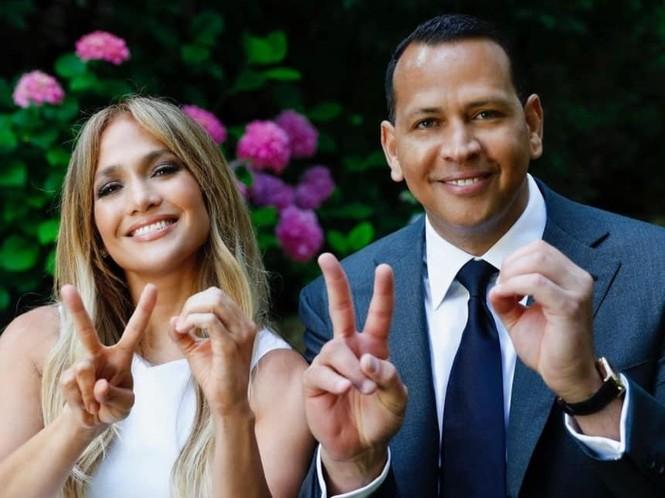 Hình thể rực lửa tuổi ngũ tuần của Jennifer Lopez - ảnh 17