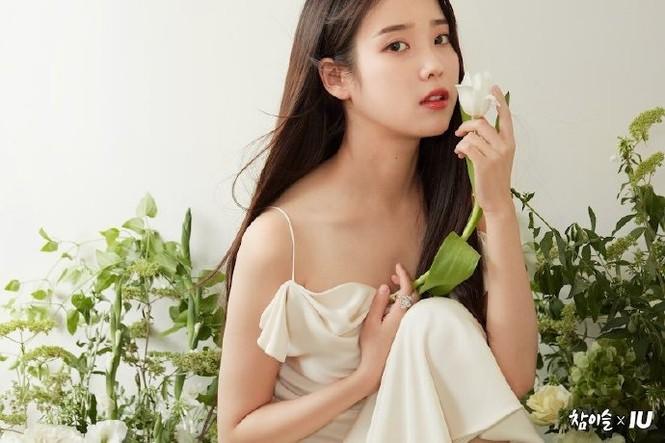 Vẻ đẹp trong veo thanh khiết nữ thần của 'em gái quốc dân' xứ Hàn IU - ảnh 1