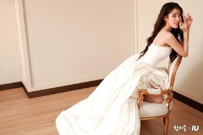 Vẻ đẹp trong veo thanh khiết nữ thần của 'em gái quốc dân' xứ Hàn IU - ảnh 8