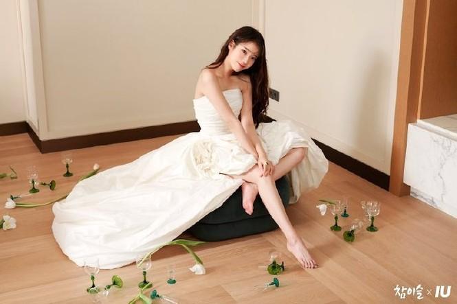 Vẻ đẹp trong veo thanh khiết nữ thần của 'em gái quốc dân' xứ Hàn IU - ảnh 5