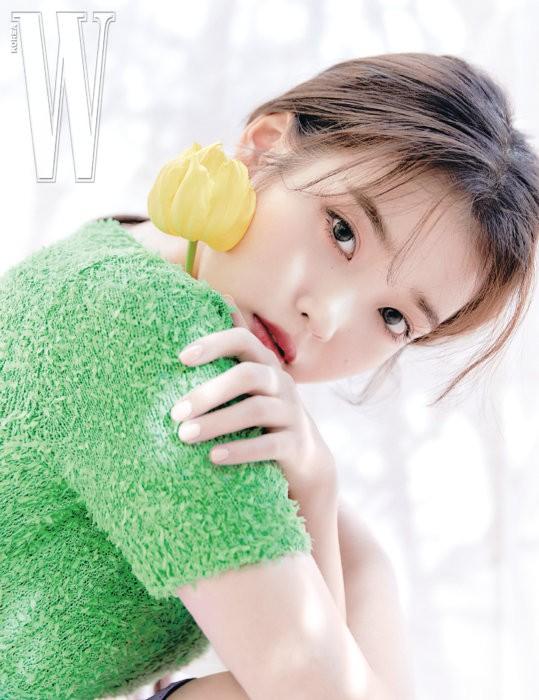 Vẻ đẹp trong veo thanh khiết nữ thần của 'em gái quốc dân' xứ Hàn IU - ảnh 11