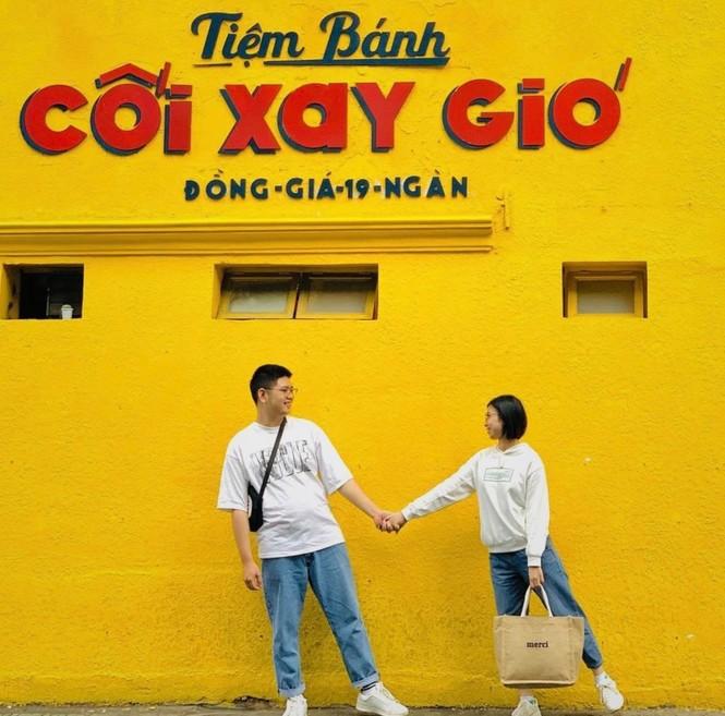 Bức tường vàng 'Tiệm bánh Cối Xay Gió' ở Đà Lạt sắp biến mất làm dân mạng tiếc nuối - ảnh 2
