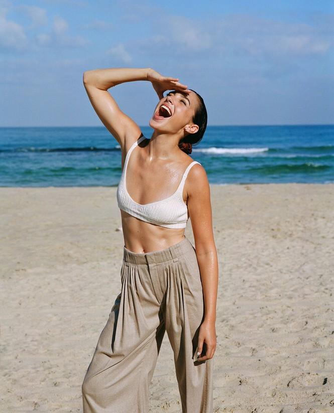 Mỹ nhân Israel Gal Gadot khoe sắc vóc tuyệt mỹ - ảnh 6