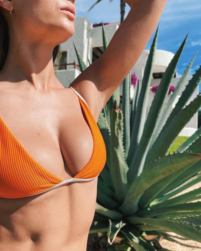 Dáng nuột nà đầy sức sống của người mẫu nội y Đan Mạch - ảnh 3