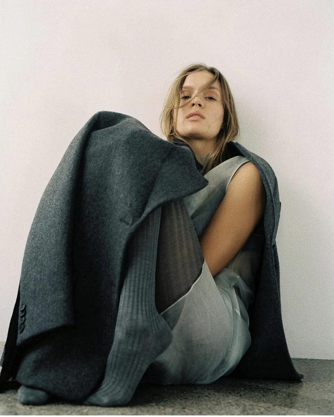 Dáng nuột nà đầy sức sống của người mẫu nội y Đan Mạch - ảnh 19