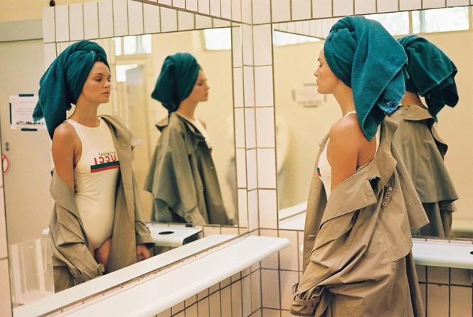 Dáng nuột nà đầy sức sống của người mẫu nội y Đan Mạch - ảnh 12