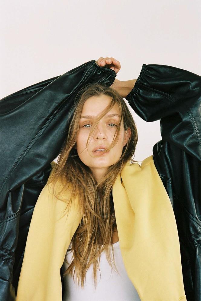 Dáng nuột nà đầy sức sống của người mẫu nội y Đan Mạch - ảnh 20