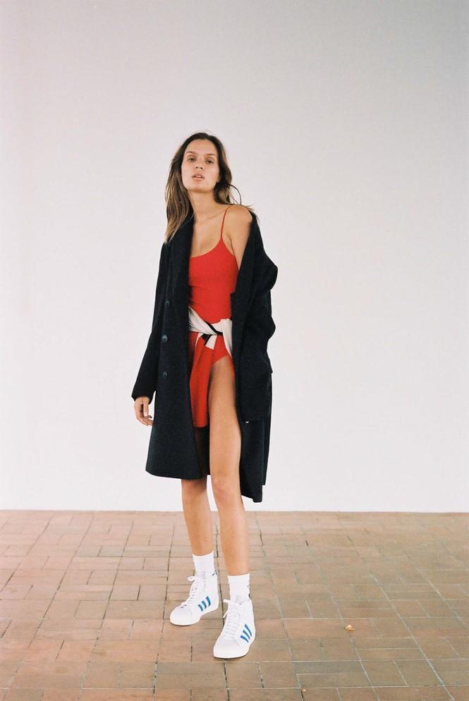 Dáng nuột nà đầy sức sống của người mẫu nội y Đan Mạch - ảnh 17