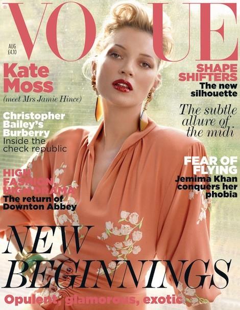 Kate Moss U50 diện váy khoét ngực sâu trẻ trung bất ngờ - ảnh 7