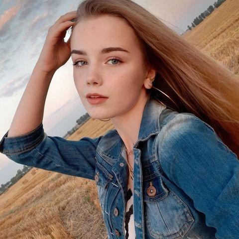 Vẻ đẹp tuổi 16 trăng tròn của mẫu nhí từng được mệnh danh xinh nhất thế giới - ảnh 10