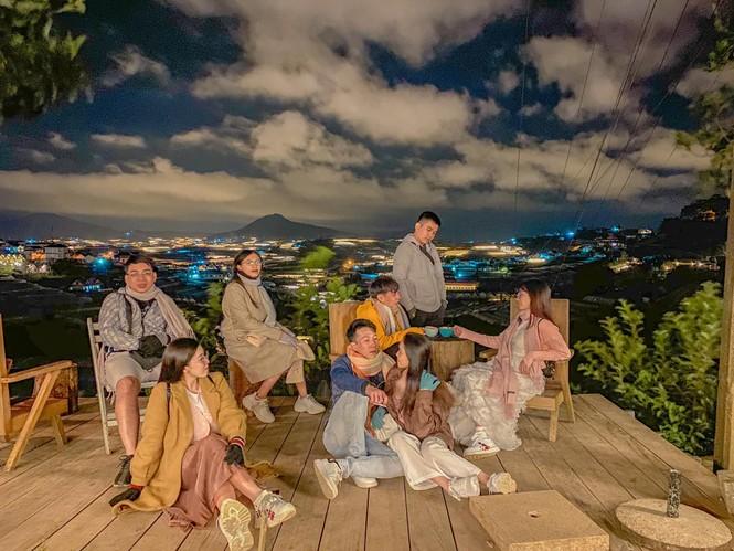 Nhóm bạn chụp bộ ảnh đẹp như phim ở Đà Lạt được dân mạng khen nức nở  - ảnh 11