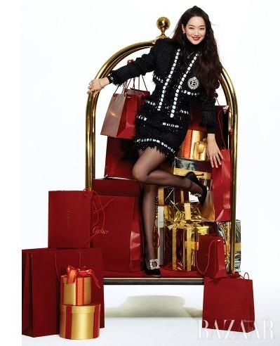 'Hồ ly 9 đuôi' Shin Min Ah đẹp xuất sắc đón Giáng sinh - ảnh 5