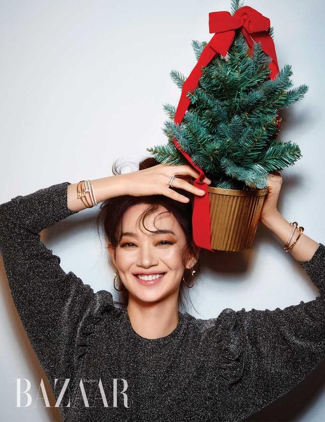 'Hồ ly 9 đuôi' Shin Min Ah đẹp xuất sắc đón Giáng sinh - ảnh 6