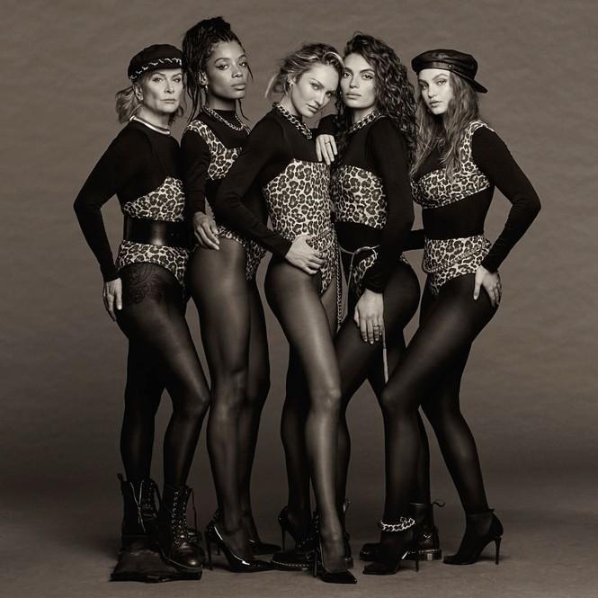 Siêu mẫu Candice Swanepoel tạo dáng bốc lửa với bodysuit - ảnh 3